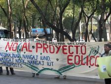 mexico-ucizoni_wind_protest