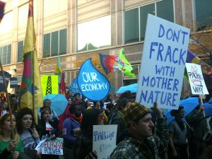 waterfracking_protest